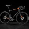 トレック エモンダSLR7ディスク|ライバルに差をつけるクライムロードバイク